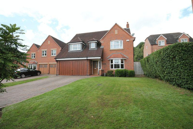 4 Bedrooms Detached House for sale in BASLOW DRIVE, ALLESTREE