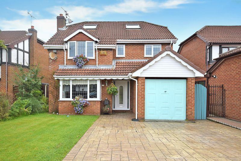 5 Bedrooms Detached House for sale in Parklands, WIDNES