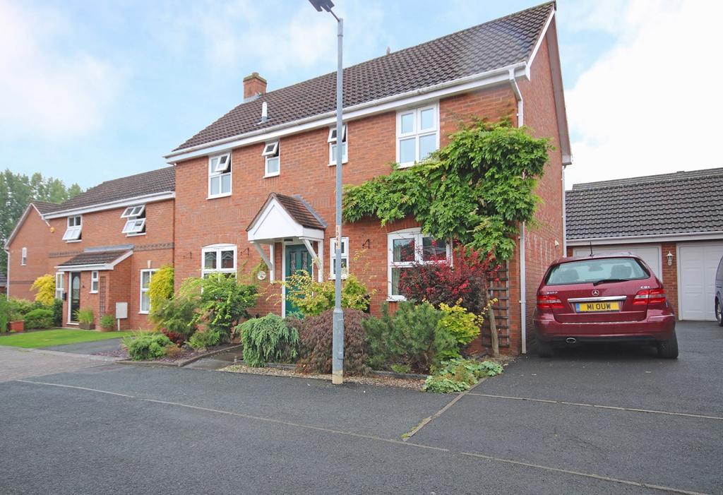 4 Bedrooms Detached House for sale in Bronte Drive, Ledbury, HR8
