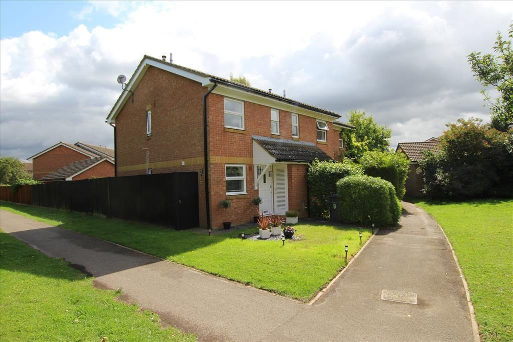 2 Bedrooms End Of Terrace House for sale in Ringtale Place, BALDOCK, SG7
