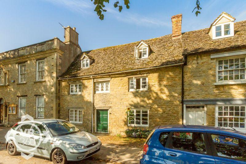 3 Bedrooms Terraced House for sale in Church Green, Witney