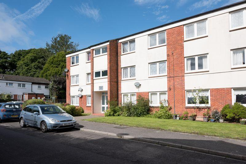 1 Bedroom Flat for sale in Lordshill, Southampton