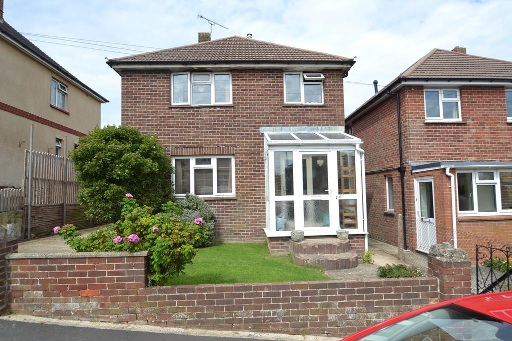 3 Bedrooms Detached House for sale in Longmead Road, Ryde
