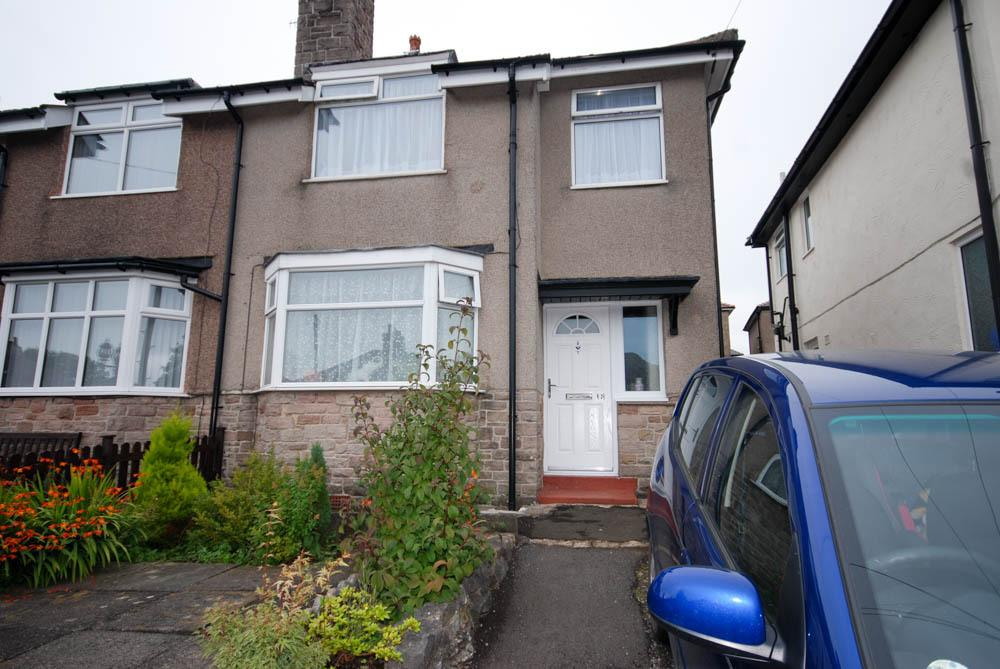 3 Bedrooms End Of Terrace House for sale in Overdale Avenue, Buxton