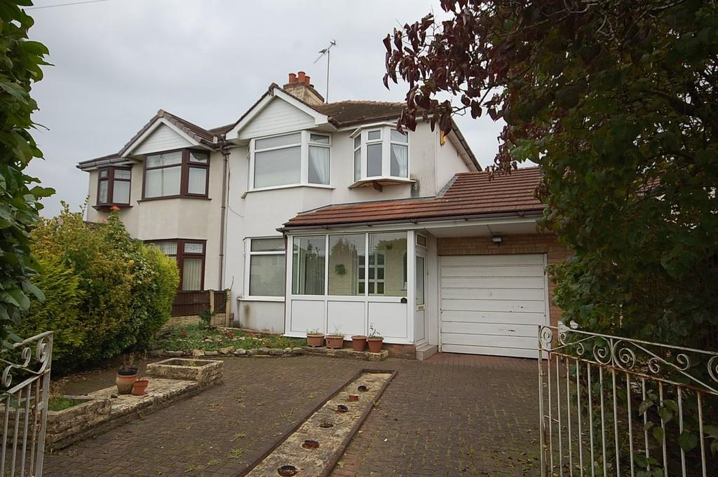 3 Bedrooms Semi Detached House for sale in Victoria Avenue, St. Helens