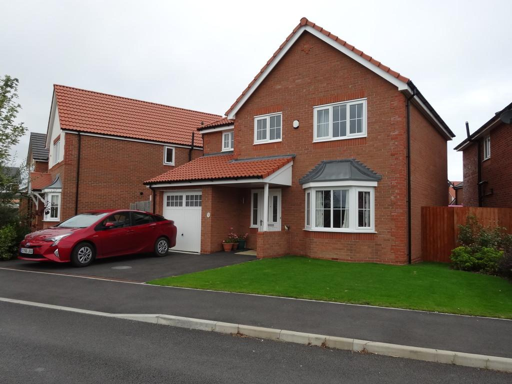4 Bedrooms Detached House for sale in Rhyl, Denbighshire