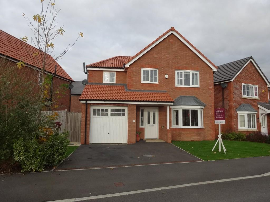 4 Bedrooms Detached House for sale in Golygfa Clwyd, Rhyl