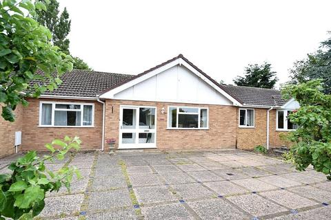 5 bedroom detached bungalow for sale - Woodlands, Conwy Town