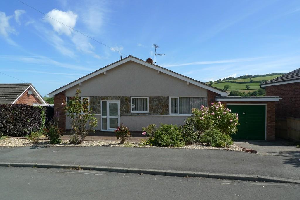 2 Bedrooms Detached Bungalow for sale in Llanelian Heights, Old Colwyn