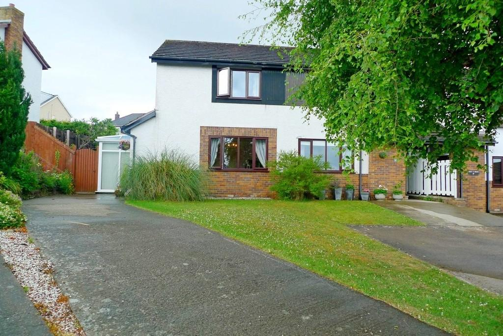 2 Bedrooms Semi Detached House for sale in Tan Y Maes, Glan Conwy
