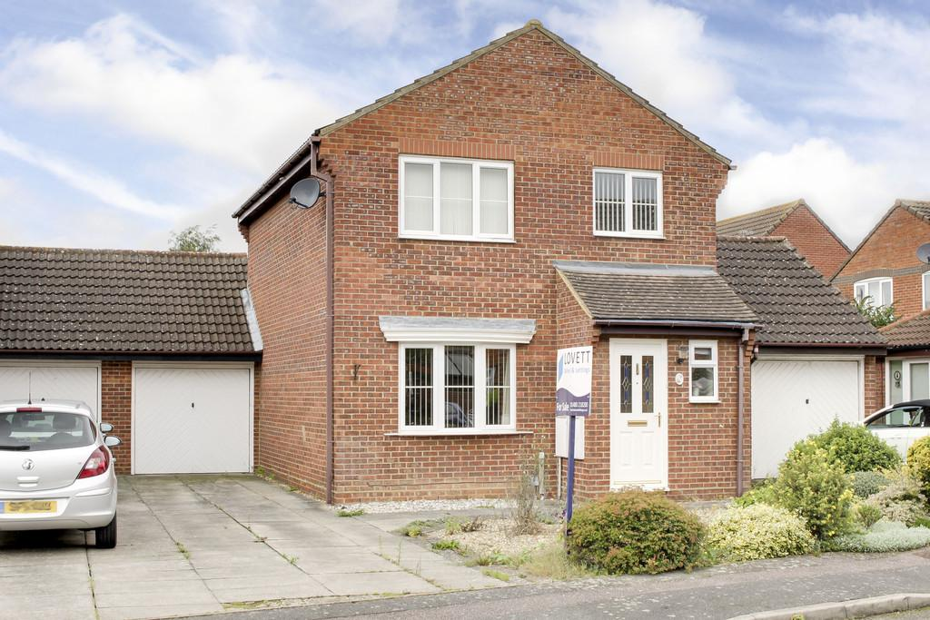 3 Bedrooms Link Detached House for sale in Tenby Way, Eynesbury, St. Neots