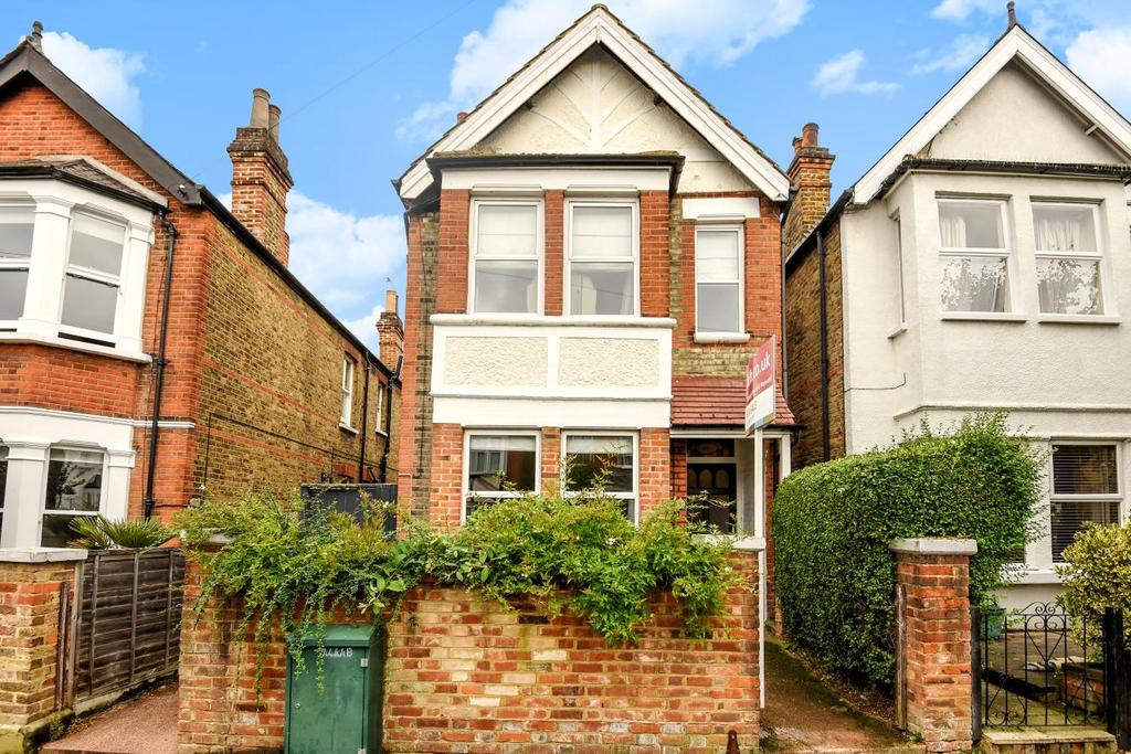 4 Bedrooms Detached House for sale in Cobham Road, Kingston upon Thames