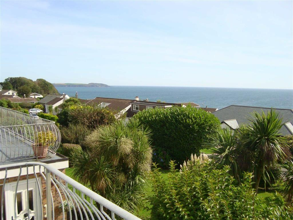 5 Bedrooms Detached House for sale in Duporth Bay, Duporth, St Austell, Cornwall, PL26