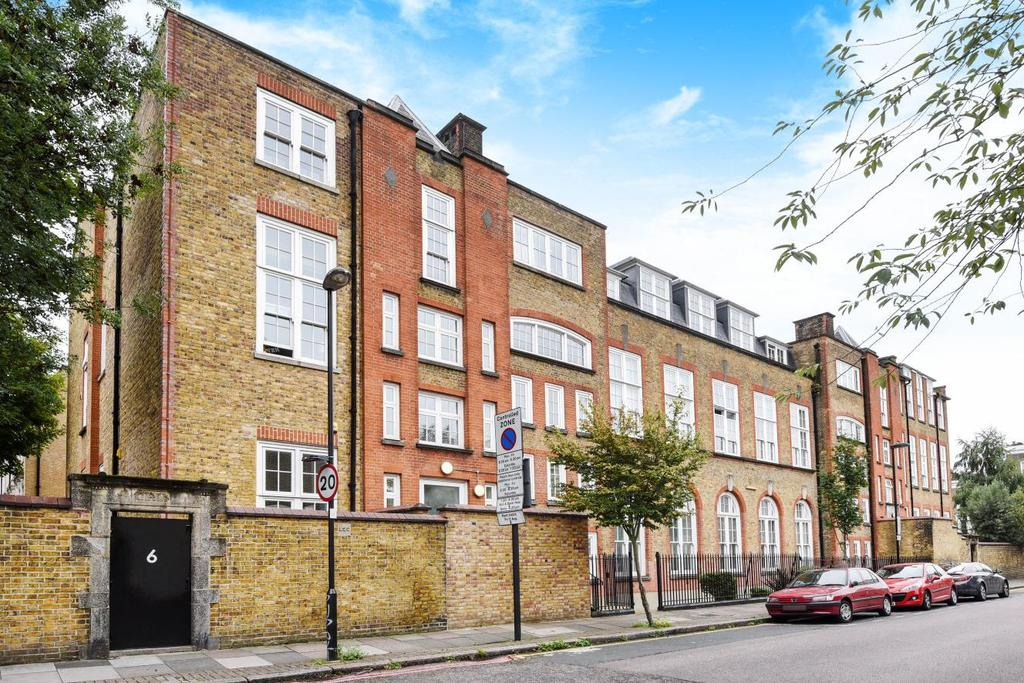 1 Bedroom Flat for sale in Tollington Road, Holloway