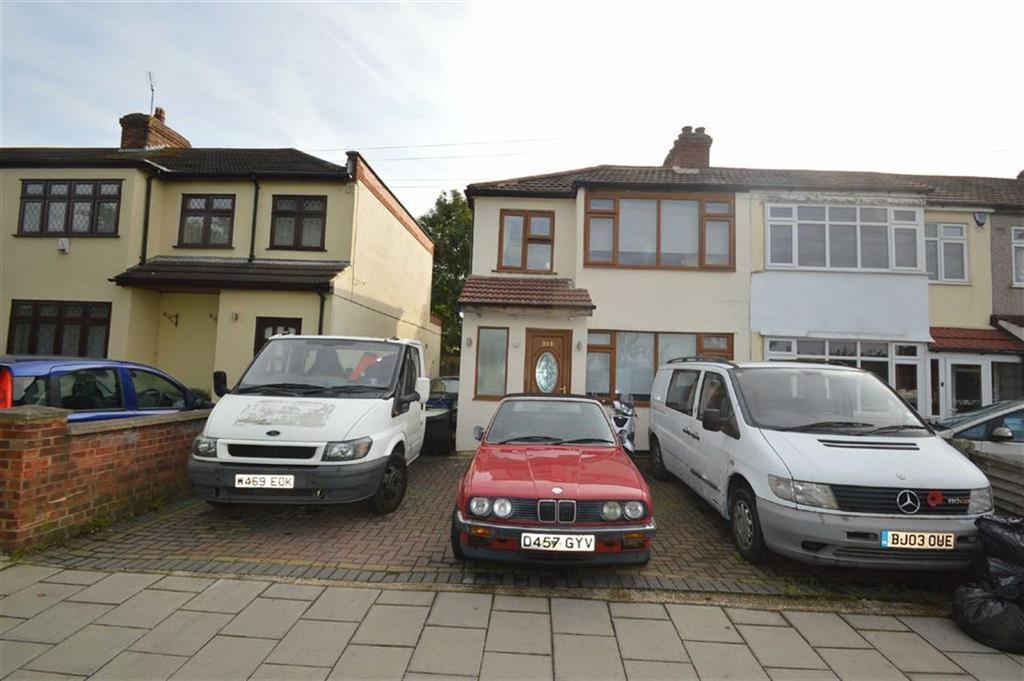 4 Bedrooms End Of Terrace House for sale in Upper Rainham Road, Hornchurch, Essex