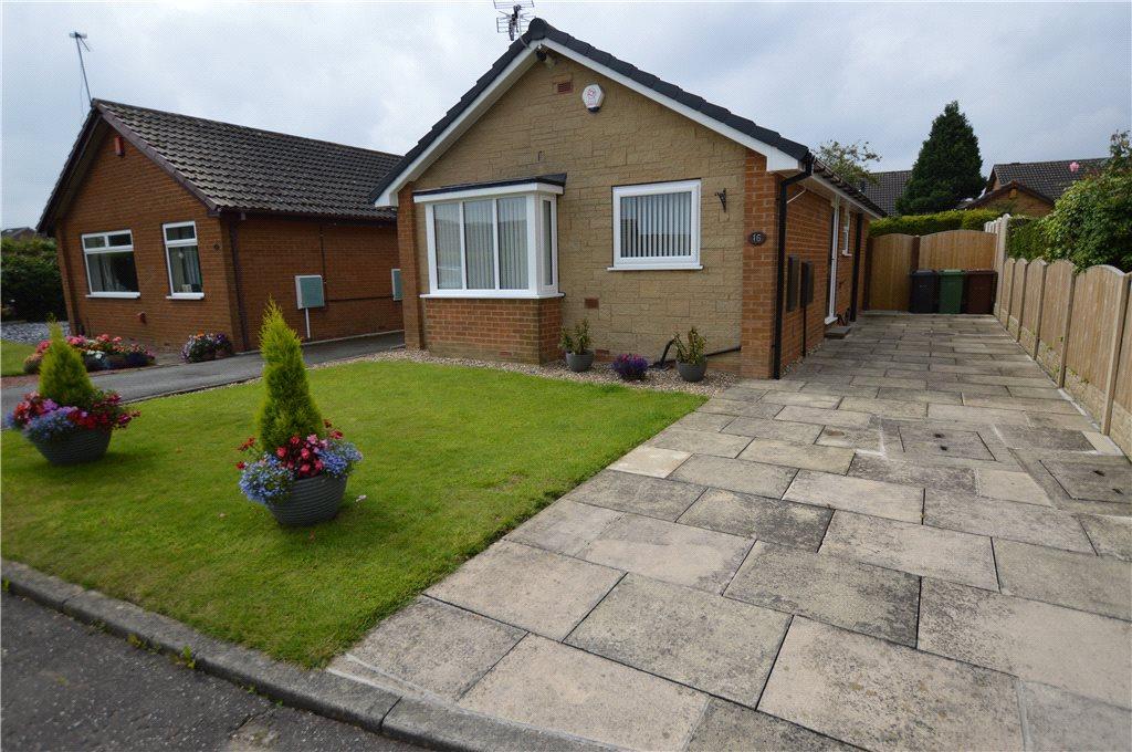 2 Bedrooms Detached Bungalow for sale in Rockingham Way, Leeds, West Yorkshire
