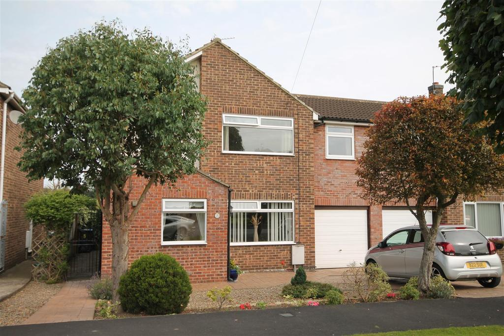 4 Bedrooms Semi Detached House for sale in Balmer Hill, Gainford, Darlington