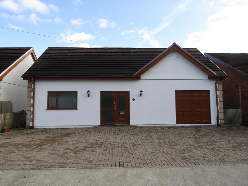 5 Bedrooms Detached House for sale in , Spionkop Road, Ynystawe, Swansea.