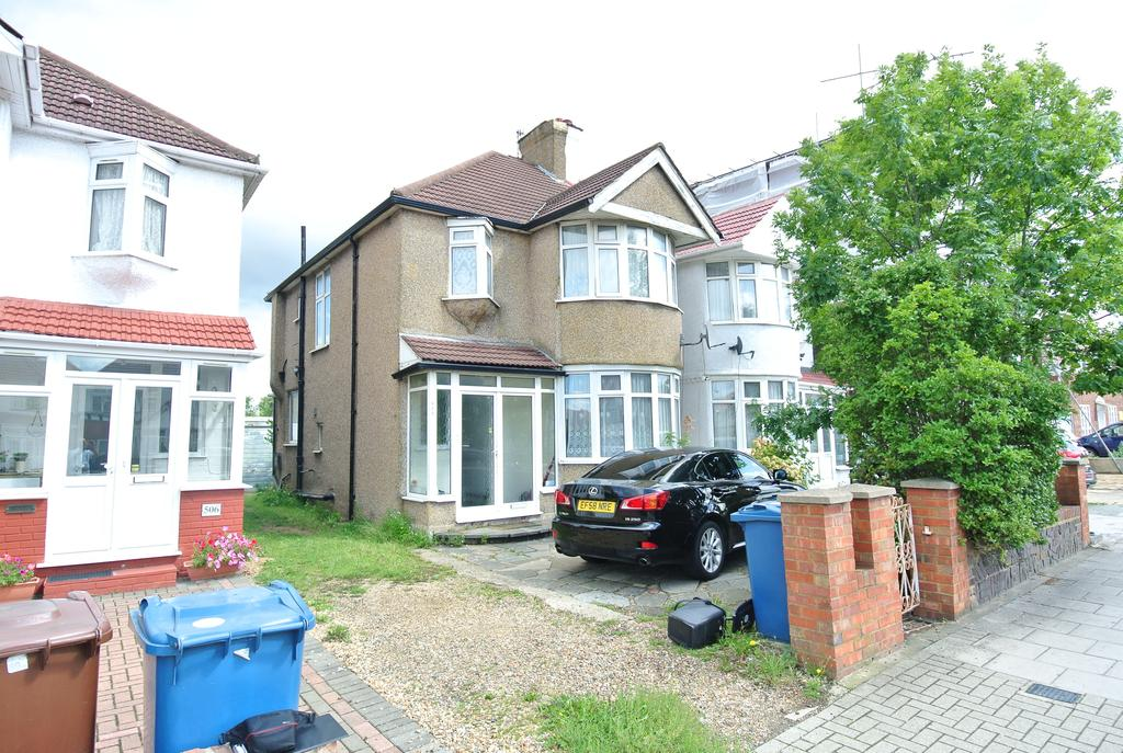 3 Bedrooms Semi Detached House for sale in Kenton Road, Kenton HA3