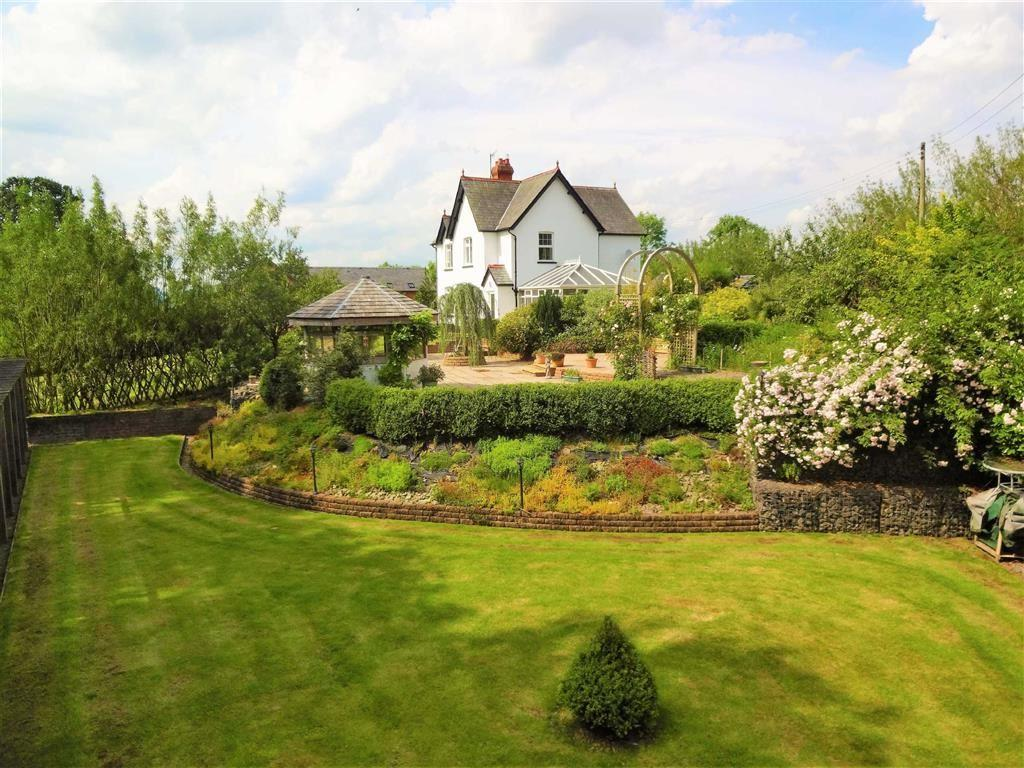 4 Bedrooms Farm House Character Property for sale in Cwmllwydion, Llandinam, Powys, SY17