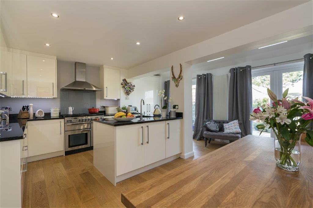 4 Bedrooms Detached House for sale in Ranleigh Walk, Harpenden, Hertfordshire, AL5