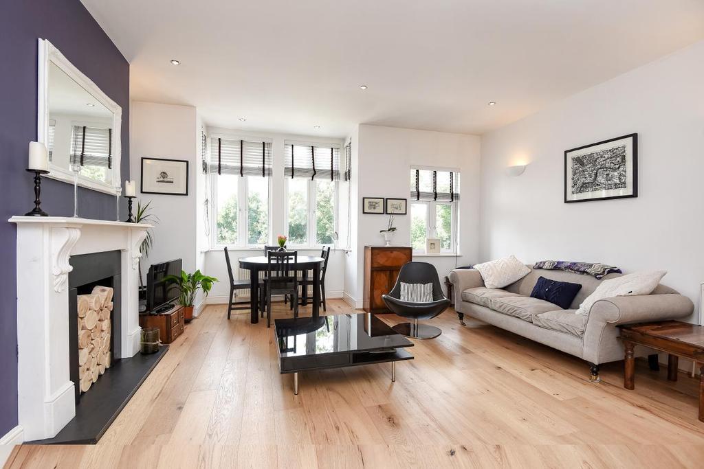 2 Bedrooms Flat for sale in Windmill Road, Earlsfield