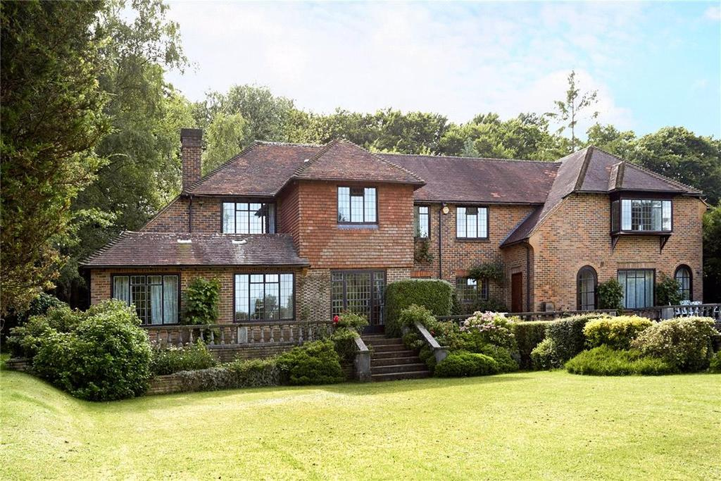 7 Bedrooms Detached House for sale in Crampshaw Lane, Ashtead, Surrey, KT21