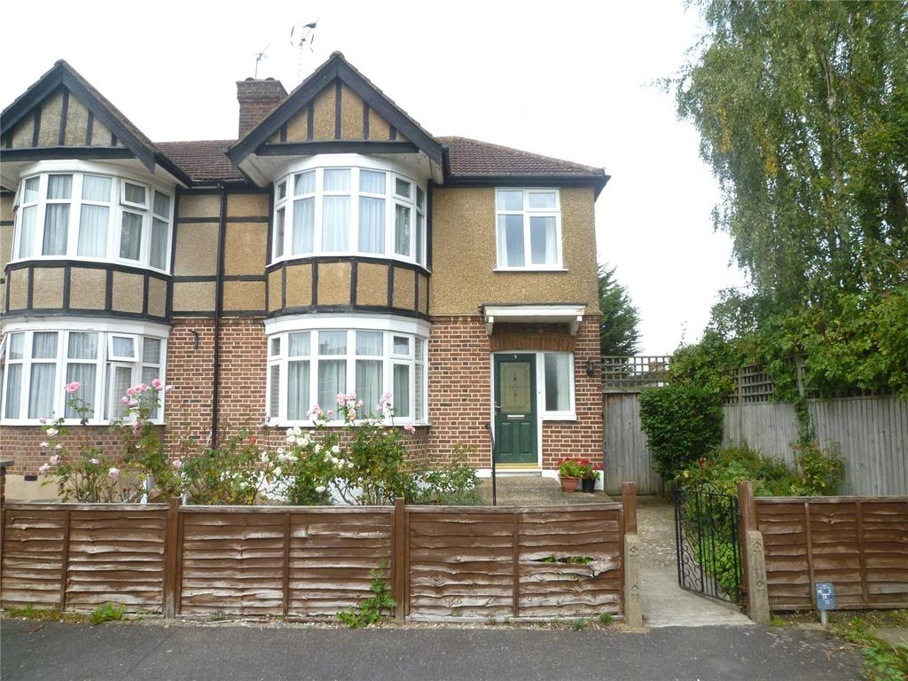 3 Bedrooms End Of Terrace House for sale in Penn Close, Harrow, Middx, HA3