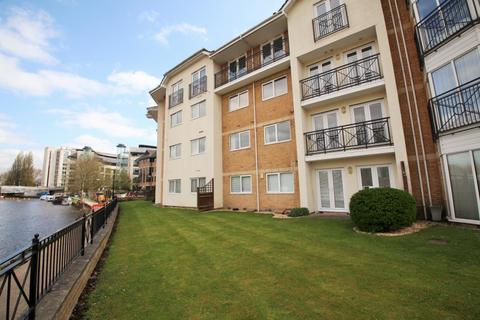 2 bedroom flat to rent - Thames Court, Norman Place, Reading, Berkshire, RG1