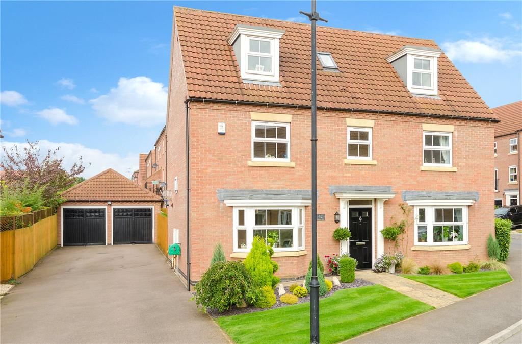 5 Bedrooms Detached House for sale in Pentland Drive, Greylees, Sleaford, Lincolnshire, NG34