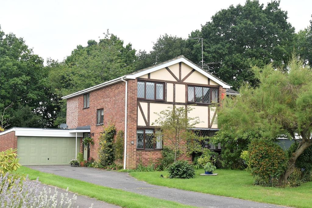 4 Bedrooms Detached House for sale in Dukes Ride, Silchester, Reading, Hampshire, RG7