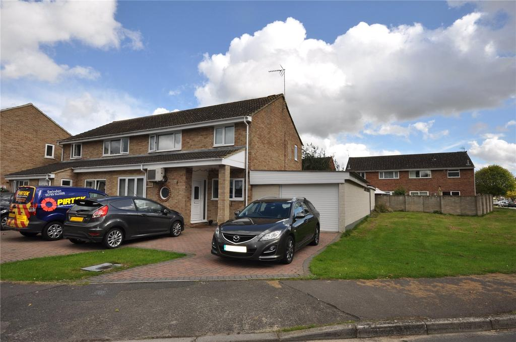 3 Bedrooms Semi Detached House for sale in Overbrook, Swindon, Wiltshire, SN3