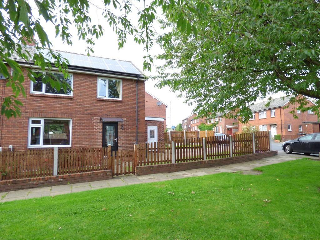 3 Bedrooms Semi Detached House for sale in First Avenue, Liversedge, WF15