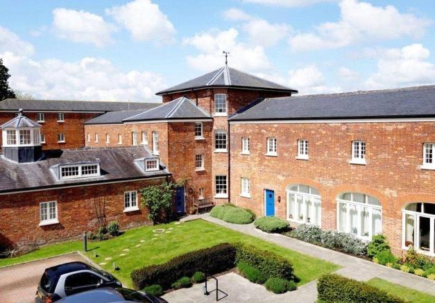 2 Bedrooms Apartment Flat for sale in Michaelis Road, Thame, OX9