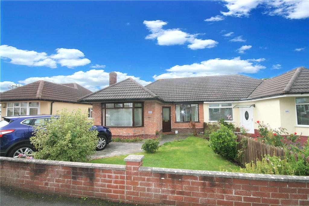 3 Bedrooms Semi Detached Bungalow for sale in Butterbache Road, Huntington, Chester, CH3