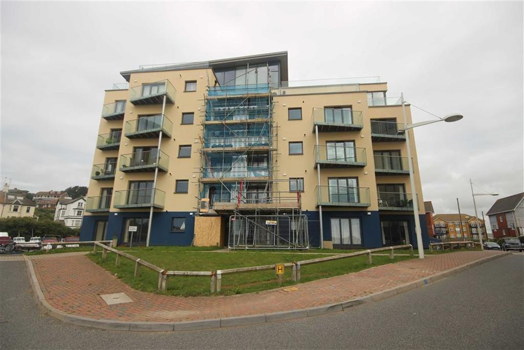 2 Bedrooms Flat for sale in Valencay, West Quay, Newhaven