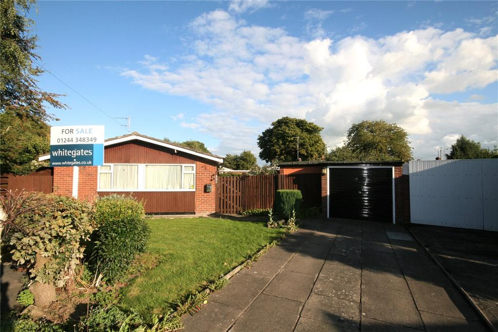 3 Bedrooms Detached Bungalow for sale in Eaton Close, Broughton, Chester, CH4