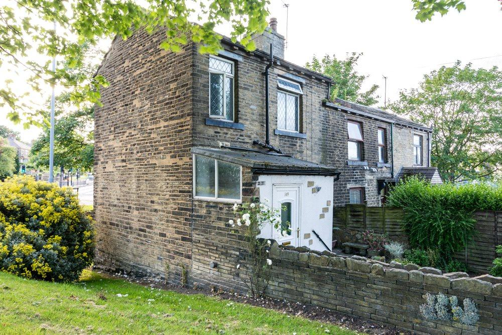 2 Bedrooms Terraced House for sale in Smiddles Lane, Bradford, West Yorkshire, BD5