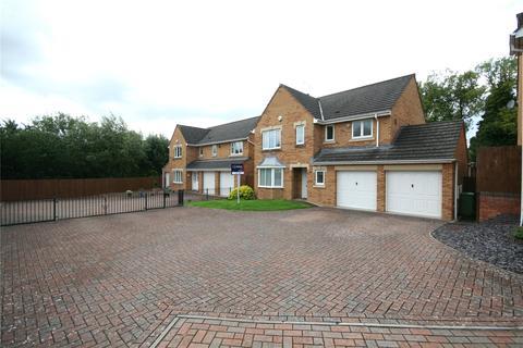 4 bedroom detached house to rent - Coburn Gardens, Cheltenham, Gloucestershire, GL51