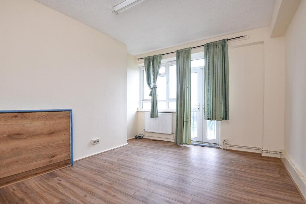 1 Bedroom Flat for sale in Gravenel Gardens, Nutwell Street, Tooting