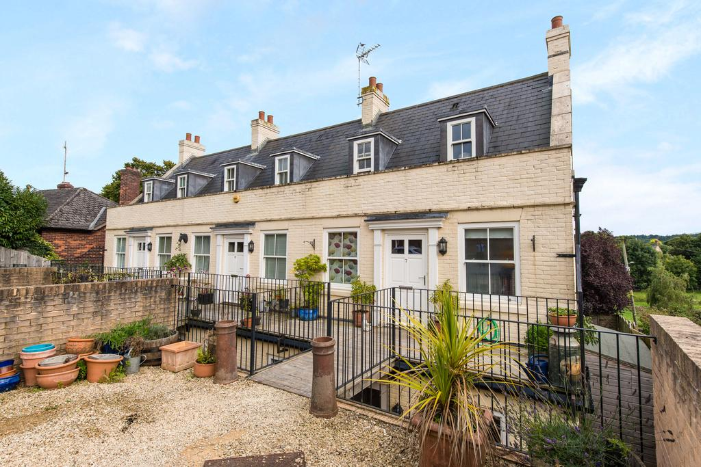 4 Bedrooms House for sale in Castleton Court, Sherborne