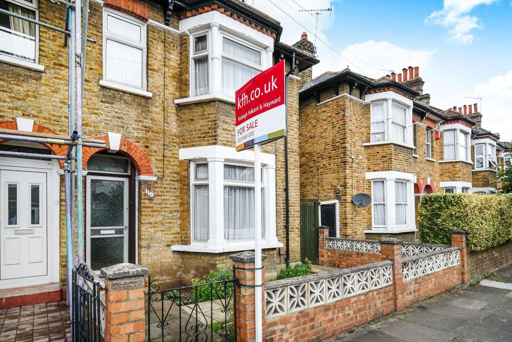 3 Bedrooms Terraced House for sale in Shell Road, Lewisham