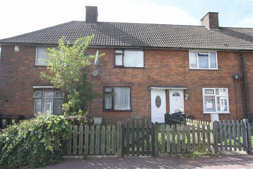 2 Bedrooms Terraced House for sale in Castle Road, Dagenham