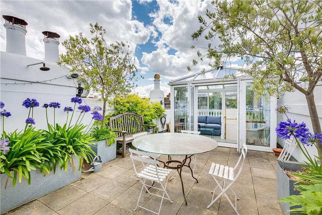 3 Bedrooms Terraced House for sale in Slaidburn Street, Chelsea, London, SW10