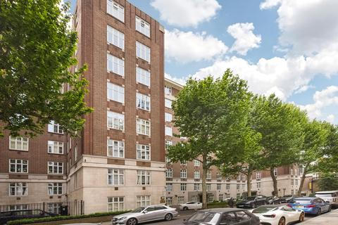 3 bedroom flat to rent - Chesterfield House, South Audley Street, Mayfair, London, W1K