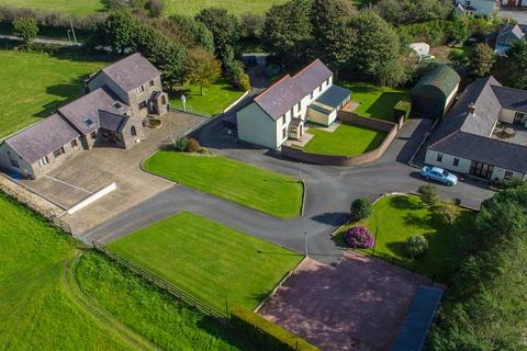 12 bedroom property with land for sale - Tufton, Haverfordwest