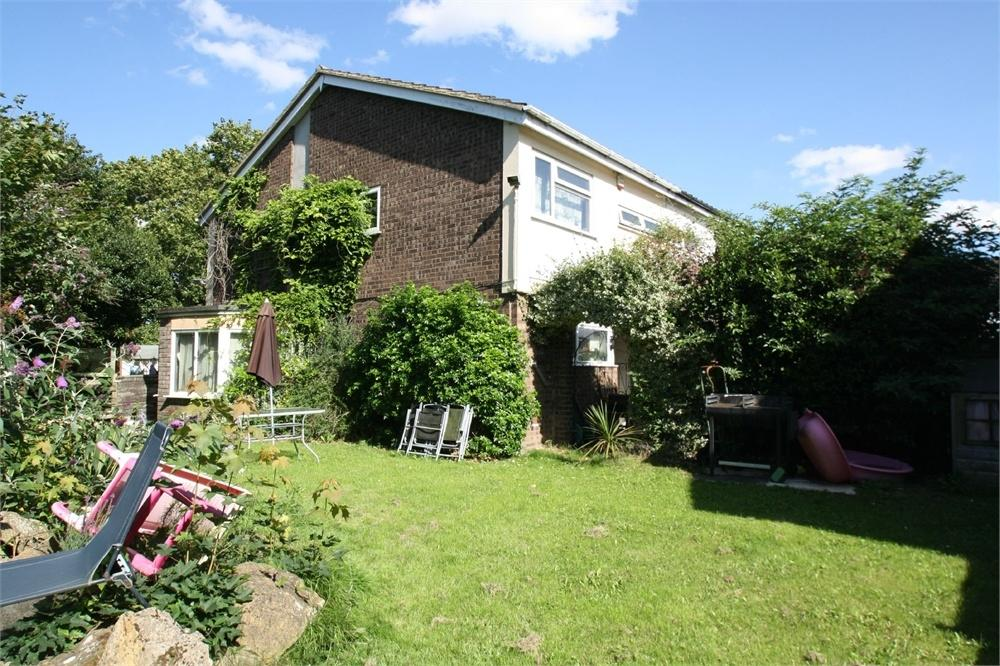 4 Bedrooms Semi Detached House for sale in Beatty Road, SUDBURY, Suffolk