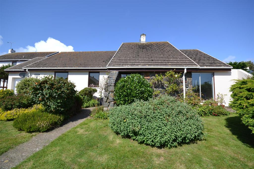 3 Bedrooms Detached Bungalow for sale in Solva