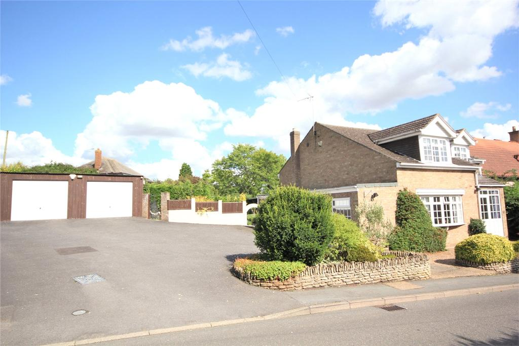4 Bedrooms Detached House for sale in Lincoln Road, Leasingham, NG34