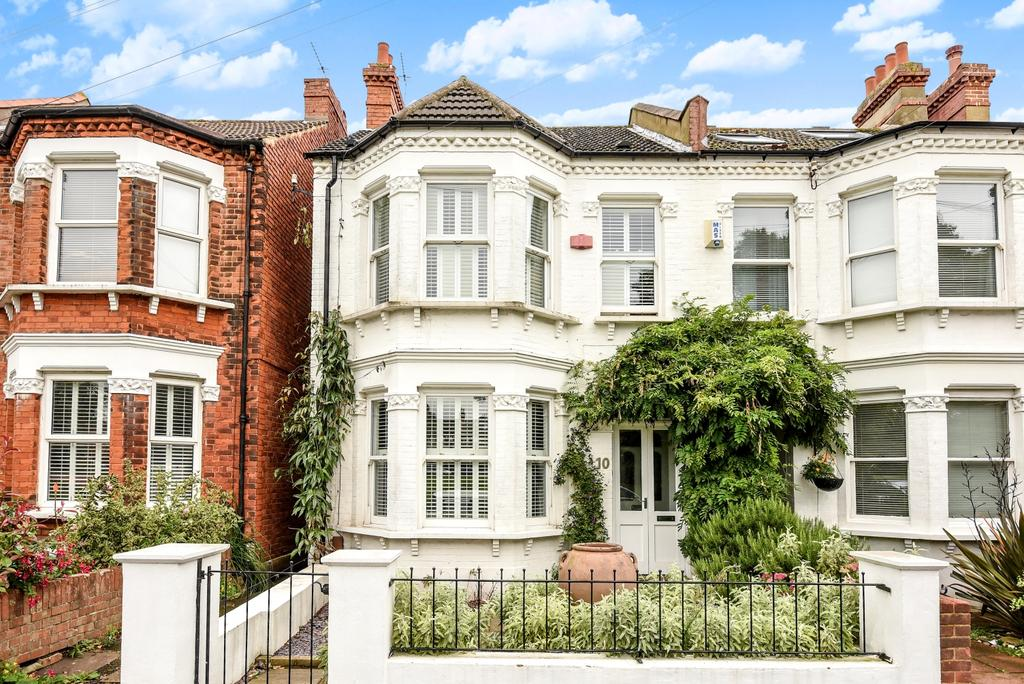 4 Bedrooms End Of Terrace House for sale in Alexandra Road London SE26